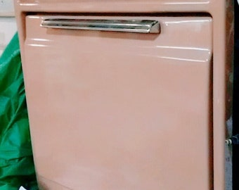 Vintage 1950s General Electric Pink Wall Oven