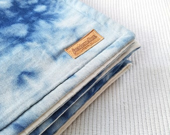 Reverse Shibori Quilted Blanket - Beach Blanket - Quilted throw - Bed quilt -