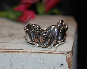 Clowder of Cats Ott Ring in Vintage Sterling Silver #BKC-KRNG113