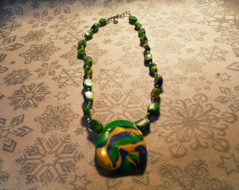 Super trendy, original, stylish, summery pendant necklace (green, blue, Navy and yellow)