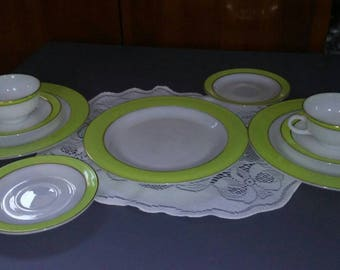 Pyrex dishware 9 pieces
