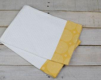 Kitchen Towel, Hand Towel, Tea Towel, Waffle Weave Towel, Dish Towel, Kitchen Hand Towel-Yellow Circles