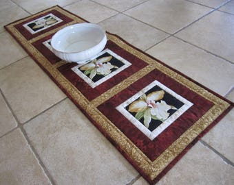 """Quilted Table Runner """"White Orchids"""" Dining Table Topper, Quiltsy Handmade, Patchwork Table Runner"""