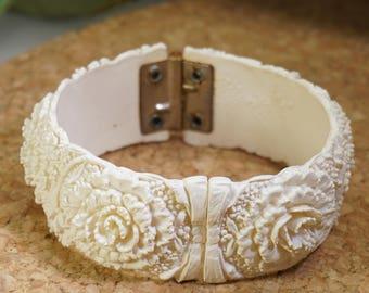 White Celluloid Floral Carnation Flower Clamper Bangle Bracelet