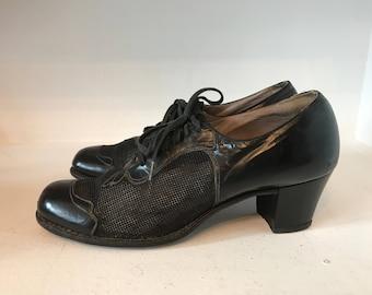 1930s shoes vintage oxfords vintage brogues black leather mesh shoes 30s shoes lace up shoes size 6 1/2 vintage shoes 1930s oxfords