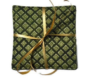 Quilted Fabric Coasters in Green, Set of 4 quilted Green Coasters, Absorbent Fabric Coasters, Small Gift, LawsonCreations, Quiltsy Handmade