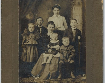 Antique Photo Unidentified Mother and 6 Children Card Mounted Early 1900s