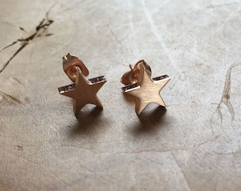 Star Studs Rosegold - earstuds two stars - rosegoldtone - rock, minimal, trendy, star, stainless steel, earrings, studs, stars, fashion