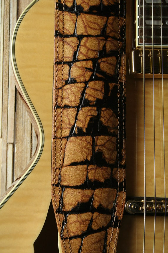 "BS73C 3"" Padded Leather Bass Guitar Strap With Alligator Effect"
