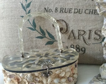 Vintage Lucite Purse w/shells