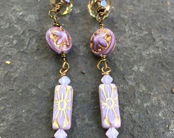 Purple Flower Power Czech Glass Dangle earrings \\ Boho Shoulder Duster Earrings \\Product id:  PFPCG417