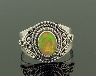 Ethiopian Welo Opal Ring // 925 Sterling Silver // Ring Size 7 // Handmade Jewelry