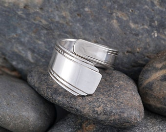 Silverware Handle Ring (Spoon Ring) Size 9 SR141