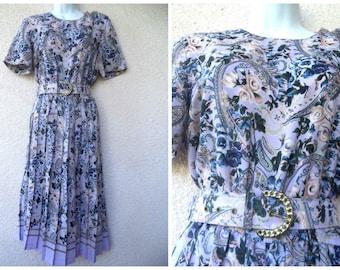 1980s Leslie Fay DRESS. Floral Print Dress. 80s Day Dress. Pleated Skirt. Modest Cut Dress. Career Dress. Office Dress. Belted Dress. M