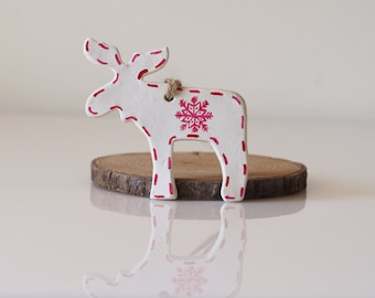 Scandinavian Reindeer Christmas decoration - Clay Nordic Christmas ornament -Rustic decoration -Ivory and red Christmas ornament -Gift tag