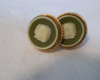 Vintage Cameo Cuff Links Roman Warrior Cuff Link Soldier Cameo Cufflink Green/Cream Mens Jewelry Wedding Jewelry Groom Gift For Guys