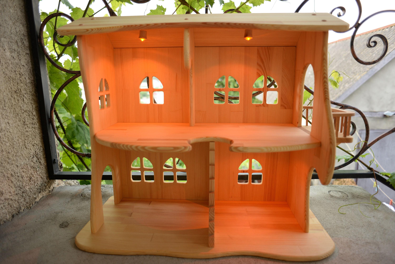 holz puppenhaus beleuchtung puppenhaus bausatz ohne. Black Bedroom Furniture Sets. Home Design Ideas