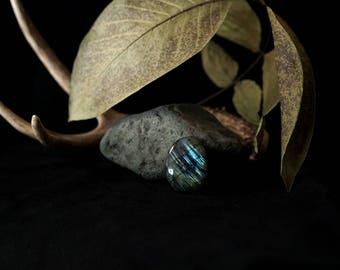 Blue Striped Labradorite Cabochon // 77.5 carats // green and aqua flash, spectrolite, oval shape, magical stone // P
