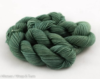 Puffy - Mini skein - Sock (Superwash Merino and Nylon)