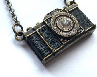 """Camera pendant necklace on a 30""""long chain"""