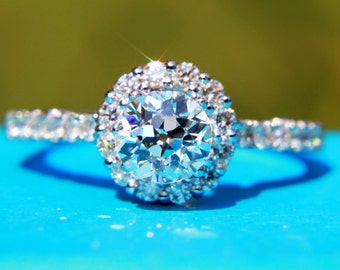 OLD and NEW - 1.08 carats total - Old Eropean cut Center diamond - Halo -  Antique Style - Diamond Engagement Ring 14K