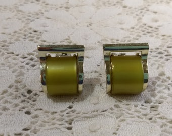 CHAREL Designer Clip On Earrings Olive Green Thermoset Thermoplast Plastic #C24