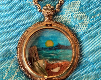 Time to Relax - Ocean Scene in an Upcycled Pocket Watch Pendant