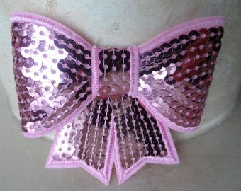 set of 2 8 x 8 cm pink sequin bows