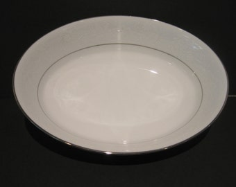 "Noritake Ranier 6909 ~ 9"" Oval Serving Bowl White w Silver Trim Looks New"