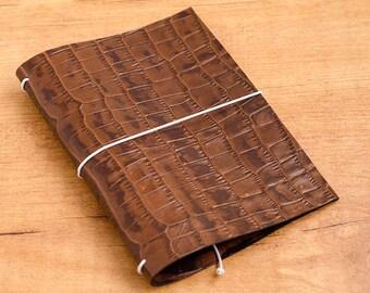 Cuaderno de cuero hecho a mano, estilo Midori Traveler's Notebook tamaño Passport / Pocket / A6 - Cocodrilo Marrón