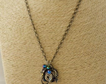 Mason's Line-Black and Silver Simple Pendant Necklace
