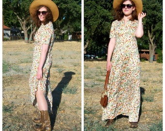 SALE 70s country boho maxi dress, 40s style, floral sage lavender marigold / short sleeve, long sweeping cowgirl dress sm-med, bust 38