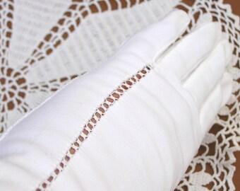 Vintage White Cotton Gloves