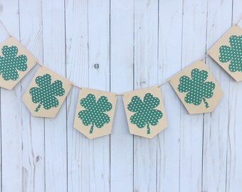 Four Leaf Clover Banner • St. Patrick's Day Banner • Polka Dot Clover • Holiday Mantel Banner • St. Pat's Party Decor • Shamrock Bunting
