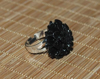 Resin - Black Dahlia flower ring