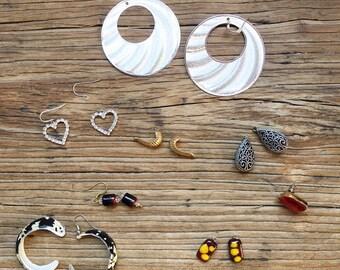 Vintage 90s Broken Earring Lot, Repurpose Lot, Craft Supplies Lot, Jewelry Lot, Destash Lot, Earrings Set, 90s Jewelry