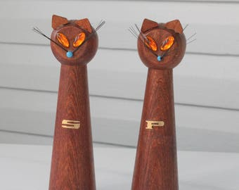 Vintage Tall Wooden Siamese Cat Shakers With Jewel Eyes and Whiskers-Made in Japan
