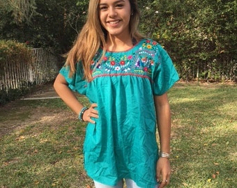 Embroidered blouse, Mexican blouse, Large,BoHo, blouse, top,Oaxaca,green blouse,embroidered flowers