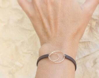 Women's Leather Bracelet - Leather Bracelet -  Sisters bracelet  - Gift Idea for Her - Leather Jewelry Bracelet with Rings