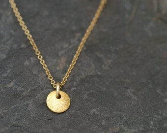 Tiny Circle Necklace, Layering Necklace, Simple Everyday Necklace, Minimal Geometric Charm, Small Charm Necklace, Dainty Jewelry, Round Drop
