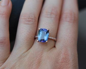 Tanzanite Ring. Rose Gold Engagement Ring Lavender Blue Teal Tanzanite emarald cut engagement ring 14k rose gold.
