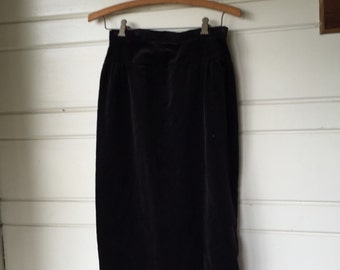 Vintage black velvet pencil skirt