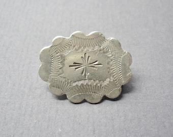Victorian Lace Collar Brooch