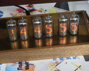 Nixie tube clock 6xIN-14 Wood and brass case Blue backliht vintage watch