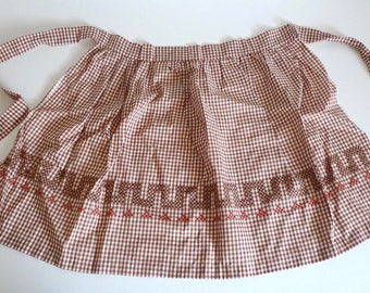 Mid Century Brown and White Gingham Checkered Half Apron - Super Cute Brown Plaid Apron with Cross Stitch - Floyd Jones Vintage