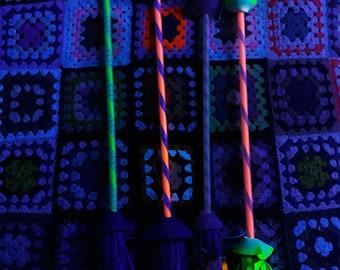 Hand made fluorescent flowesticks psychedelic festival party juggle