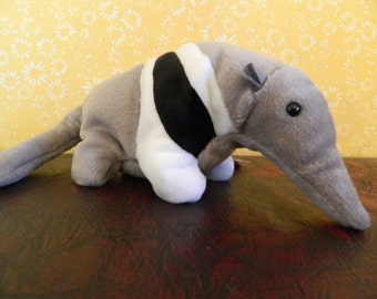 """Ty Gray And White Anteater Beanie Baby """"Ants"""" (B)"""