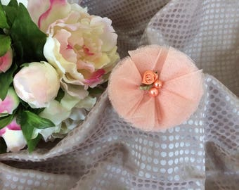 Flower 8 cm in tulle pearls and pink