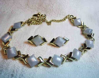 Vintage Baby Blue Thermoset Necklace & Earrings 50s