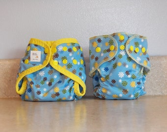 Preemie Newborn Cloth Diaper & Diaper Cover Set-  4 to 9 pounds- Blue and Yellow Floral- 29040